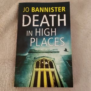 Other - 🌷 Death in High Places by Jo Bannister